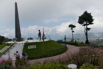 War memorial at Batasia