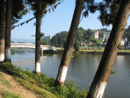 Mirik lake from western bank