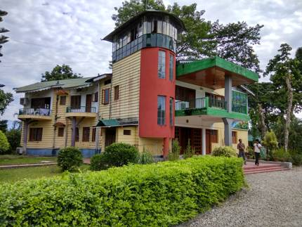 Banani Lodge Murti
