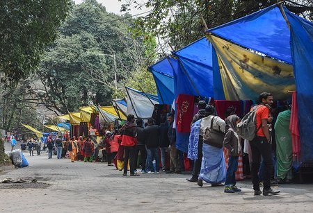 Stalls outside Darjeeling Zoo